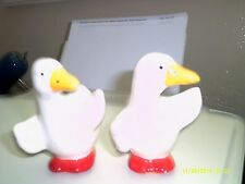 DARLING DUCK SALT AND PEPPER SHAKERS IN EXCELLENT CONDITION