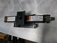 SS) Ford Jack 6W73-17080-AA