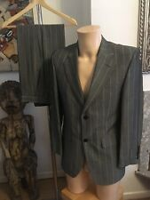 Gibson SB 2 Button Grey Pin Striped Wool/Viscose Suit Size 38S Mint Condition