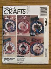McCALL'S PATTERN - P925 CRAFT WREATH HEART & SOLE CHRISTMAS HALLOWEEN JULY UNCUT
