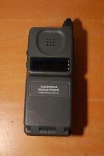 Vintage Motorola California Mobile Flip Phone F09HLD8495AG