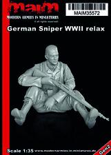 MAiM 1/35 WWII German Sniper Relaxing