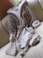 KVH by Kelly Van Halen Snow Leopard/Ivory Mink Faux Fur Med/Lg Women's Robe NEW!