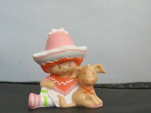 Vintage Strawberry Shortcake Cafe Ole w Burrito 1983 mini Miniature Figure