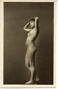 Akt junge hübsche Frau nackt Anmut Maler Modell Bromsilber Vintage um 1918
