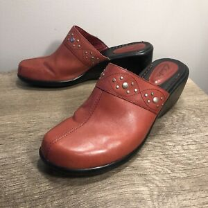 Clark's Red Wine Slip On Mule Shoes Leather Clogs 70656 Women's Size 9 M EUC