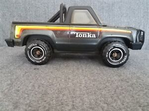 TONKA Toy Pickup Truck Black Pressed Steel with Roll Bar