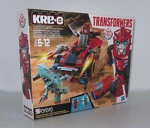 Kre-O Transformers Sideswipe Roadway Rundown 98 pc Building Blocks Set