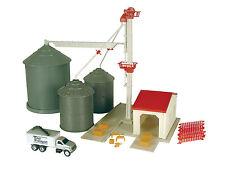 1/64 Scale Grain Elevator Set  Farm Country Plastic  Age 5+ TBEK12924