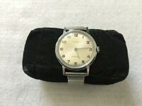 Vintage Timex Mechanical Wind Up Men's Watch with a Stretch Band