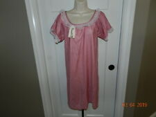 Vintage Private Moments Nightgown mauve pink Nylon Gown Long Size M 1970 Nwt