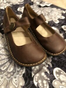 Alegria Paloma Brown Leather Mary Jane Comfort Nursing Shoes Size 37 US 7/7.5