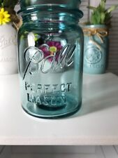 VINTAGE BALL PERFECT MASON JAR-BLUE Pint jar. Great for weddings and crafts