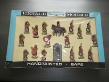 Britains boxed set 7109 Highlanders excellent condition.