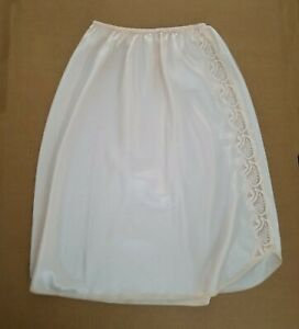 Victoria's Secret Type No Tag Off White Lacey Woman's Silk Skirt Slip US Size 8