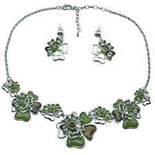 Parure Collier Boucles d'oreilles verte fleurs émail résine cristal chaîne