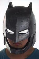 BVS ARMORED BATMAN BATTLE DAMAGED LED LIGHT EYES HELMET