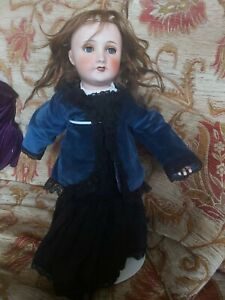 """21"""" French Doll"""