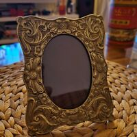 Vintage Brass Bronz Photo Picture frame Beautiful flowers 6 inches Heavy Ornate