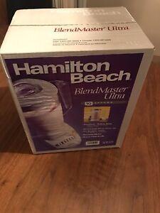 Hamilton Beach BlendMaster Ultra 10-Speed Blender new in box white