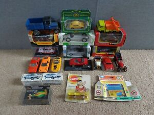 COLLECTION OF VINTAGE AND MODERN DIECAST TOY CARS SOME BOXED CORGI DINKY NOREV