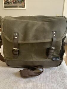 Legacy Adventure Waxed Canvas Picnic Bag Wine Tote Carrier~Service for 2