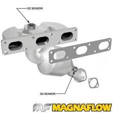 1999-2000 BMW 323i 2.5L Magnaflow Direct-Fit Catalytic Converter Manifold Rear