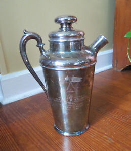 1934 COCKTAIL SHAKER - CORINTHIAN YACHT CLUB  To Capt. WILMER from RALPH EARLE