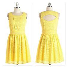Modcloth Moon Plus Size 1X Yellow Eyelet Retro Vintage Sleeveless Dress NWT
