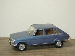 Renault 16 - Universal Hobbies 1:43 *50208