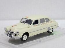 SIM 12 B Limousine Rotkreuz, crem, 1/43, IXO/IST/Kultowe Auta PRL, +Amjo-Vitrine