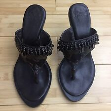 EUC Arturo Chiang Sandals Heels Leather embellished Brown Sz 6
