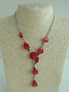 Red Lucite & Silver Tone Pendant Necklace