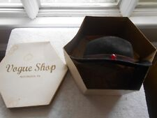 Huntington,Penna-Vogue Shop- Hat Box & Hat-Vintage