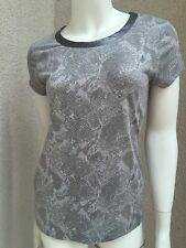 Preowned Banana Republic Woman Fitted Stretch Tee Shot Sleeve Animal Print SZ S