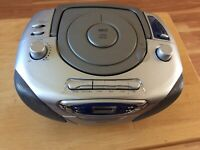 VINTAGE jWIN PORTABLE MP3 PLAYER CD CASSETTE RECORDER