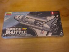 Vintage Space Shuttle Snap Fit Model Kit Lindberg #72566 NIB 1995 1/200 Scale
