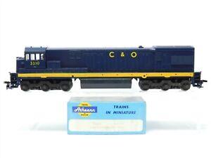 HO Scale Athearn 3461 C&O Chesapeake & Ohio U-30-C Diesel Locomotive #3310
