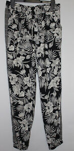 New Look Black Floral Elasticated Ankle Grazer Trousers Size 12