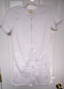 NWT - Women's White Super Soft Bathrobe/Swimsuit Cover-Up   size Small