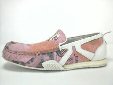 EUC $130 DIVERSE Outdo Leather Womens RACING Loafers Shoes Newspaper Pink US 8