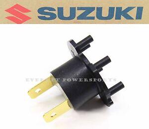 New Suzuki Headlight H7 Bulb Adapter Assembly GSXR GSX Katana (See Notes) #K117