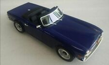LUCKY STEP COLLECTIBLES 002B TRIUMPH TR6 resin model road car blue 1974 1:18th
