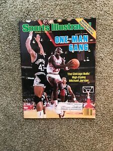 November 17,1986 Sports Illustrated Magazine Michael Jordan Chicago Bulls