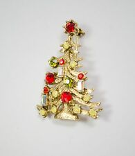 Pretty Red Weiss Gold Tone Christmas Tree Pin