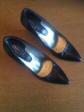 Spot On Ladies Heeled Shoe In Black Size 6