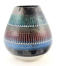 Native American Navajo Horsehair Vase By Cecilia Benally