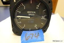 """United Instruments 3"""" Vertical Speed P/N 7030 s/n 22440 (CORE)"""