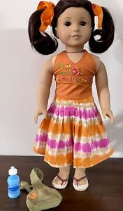 American Girl Of The Year 2006 Doll Jess w/ Meet Outfit, Backpack, Water Bottle