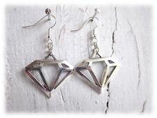 Ohrhänger Dyamanten - silberfarbene Ohrringe mit geometrischen Kristall Anhänger